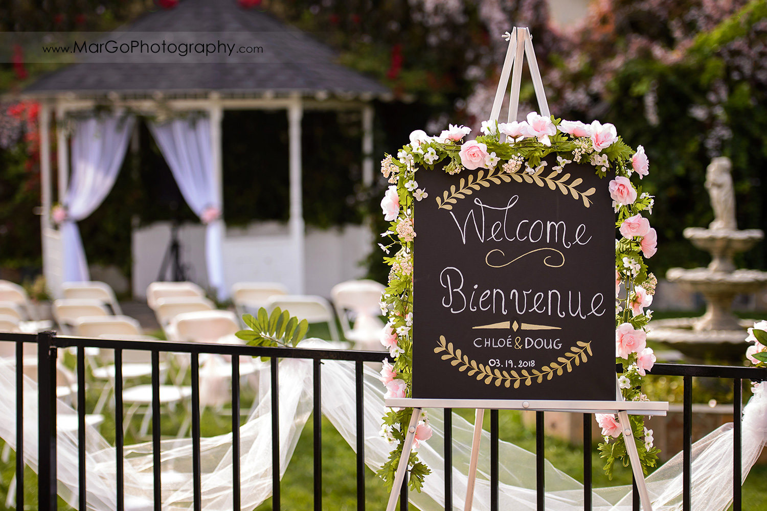 weddiing welcome sign at Fremont Century House & Gardens