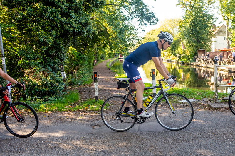 Barnes Roffe-Njinga cycling720_7990.jpg