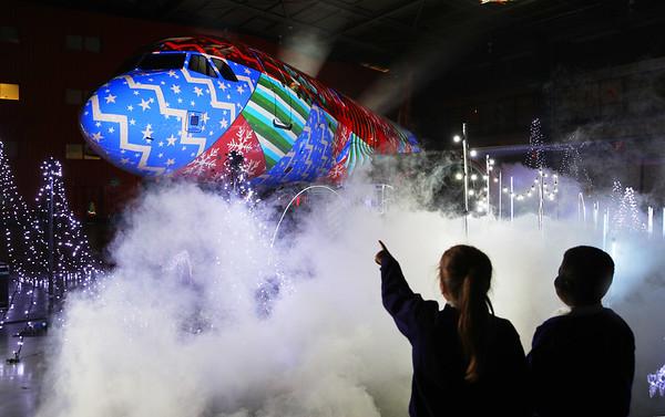 17/12/18 - easyJet World's Biggest Christmas Lights Show – ON A PLANE