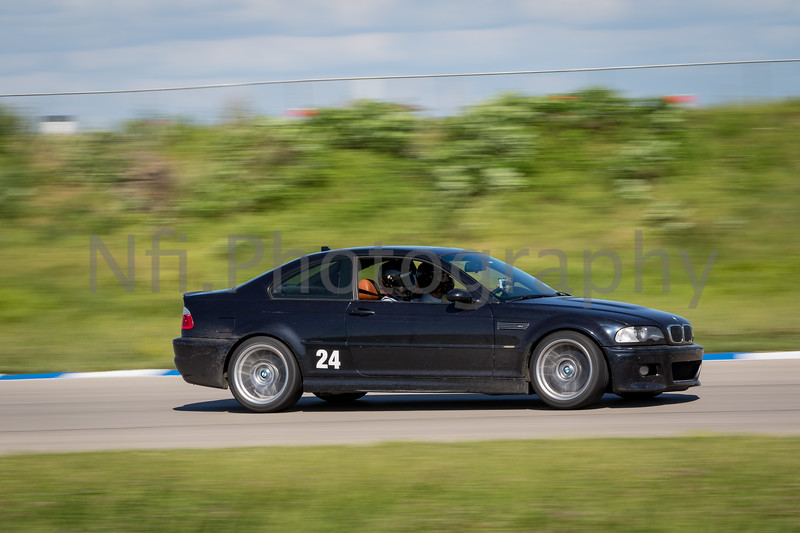 Flat Out Group 3-206.jpg