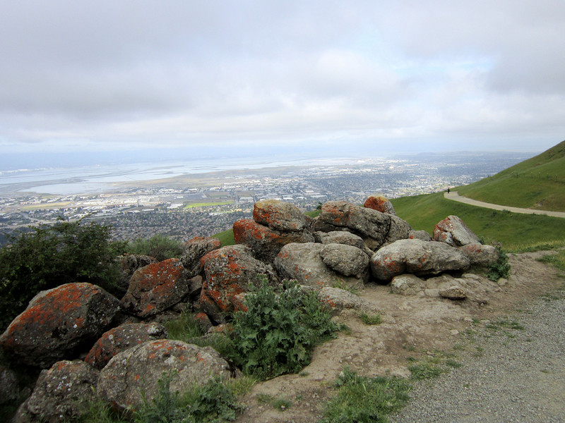 Mission Peak Trail 5:7:2011 3.JPG