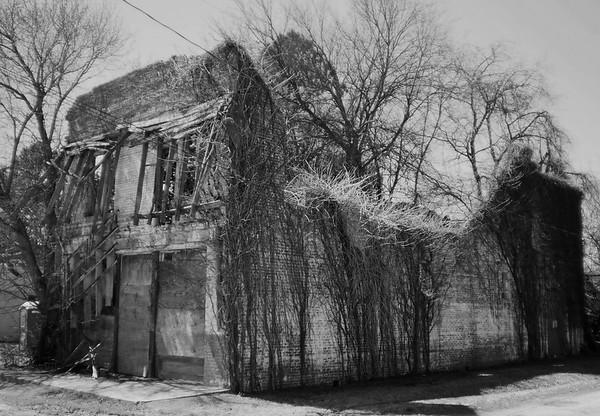 DGrin 277 - Abandoned Archetecture