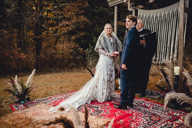 Requiem Images - Luxury Boho Winter Mountain Intimate Wedding - Seven Springs - Laurel Highlands - Blake Holly -977.jpg