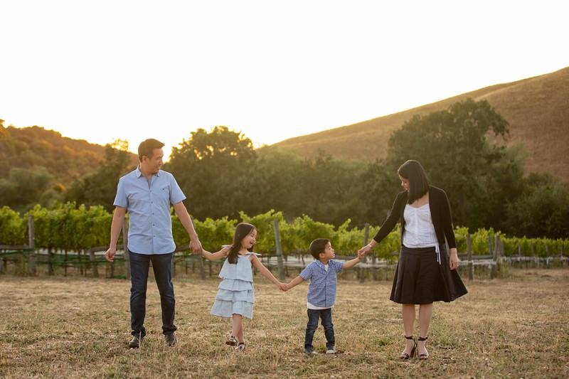 Nguyen Family-91.jpg