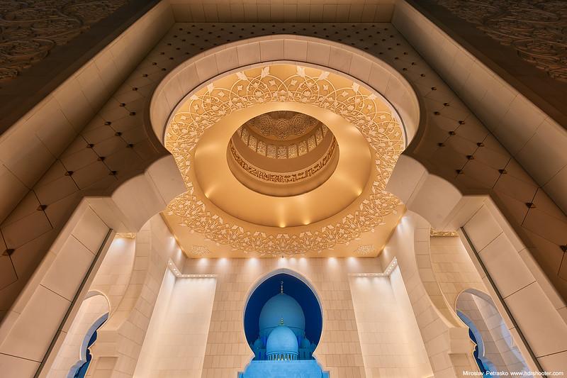 Abu-Dhabi-IMG_6856-web.jpg