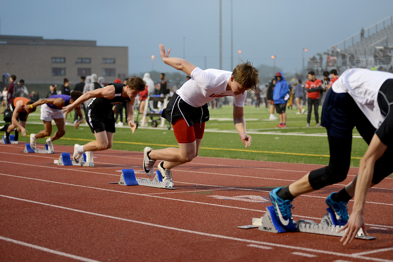 HS-Track-13-6A-District-Championships_029.jpg
