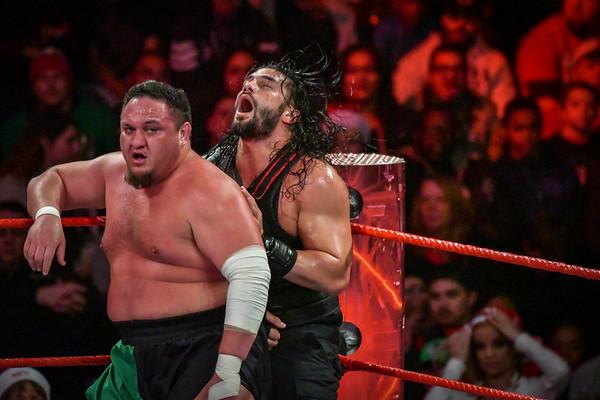 2017-12-25 Monday Night Raw
