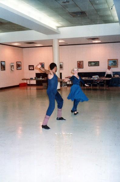 Dance_1947_a.jpg