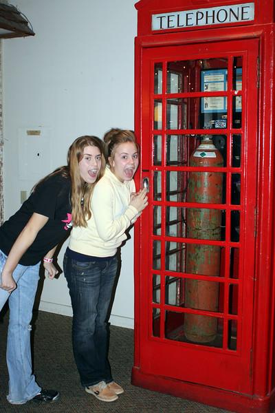 20110129 Picadilly's with Jenna