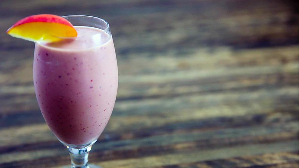 Summeripe Peach Smoothie