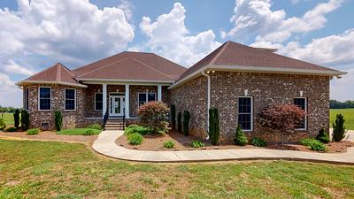 207 Henderson Rd Shelbyville TN 37160