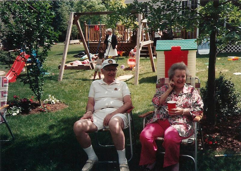 Dad & Mom Cerne     7/92