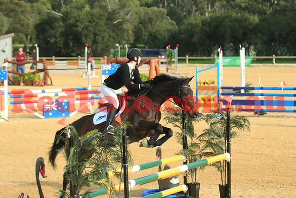 2014 07 19 PCAWA International TET Jumping Loan Horse Warm Up Competition