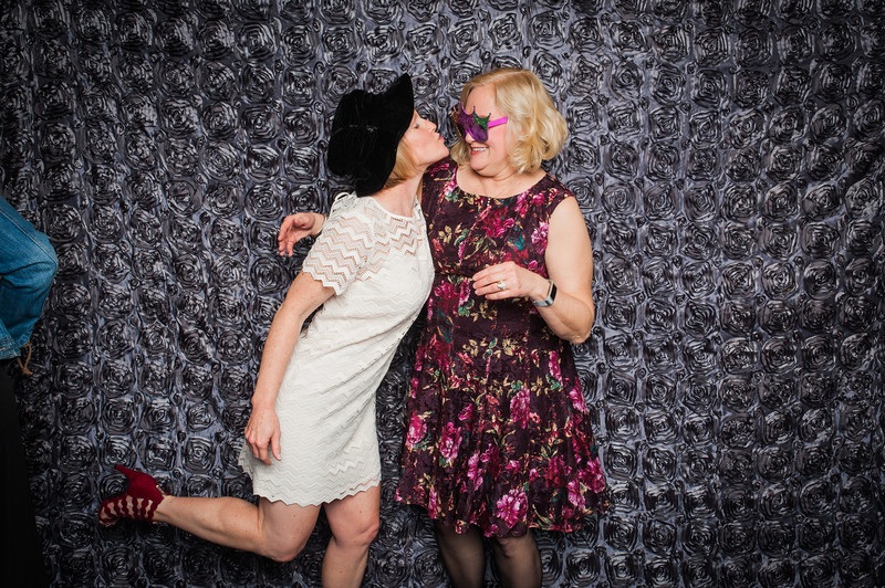 Lynn + Nancy Photobooth-79.jpg