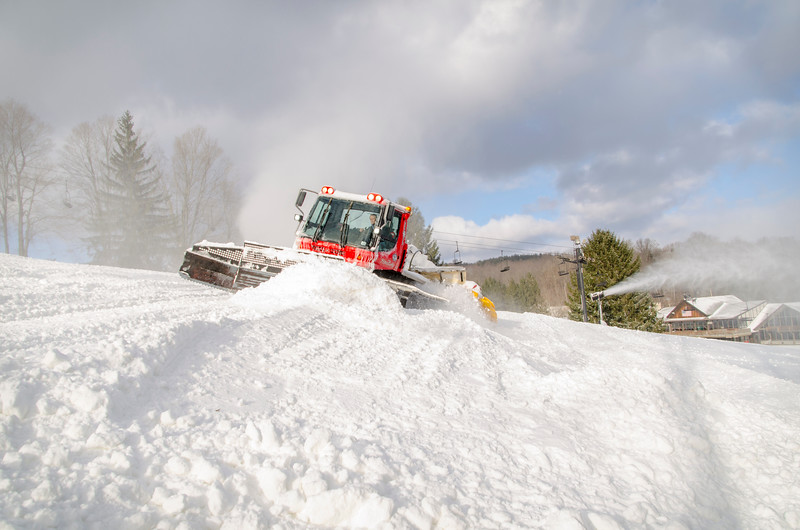 Snowmaking-n-SnowCats_Snow-Trails-23.jpg