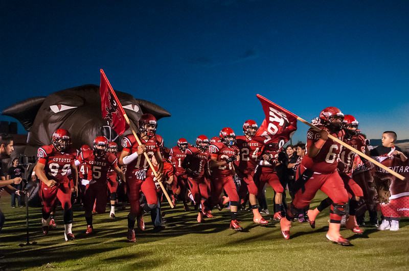 Oct. 16, 2015 - Football - Mission vs La Joya - Game Action_LG