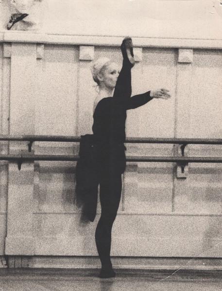 Dance_0840.jpg