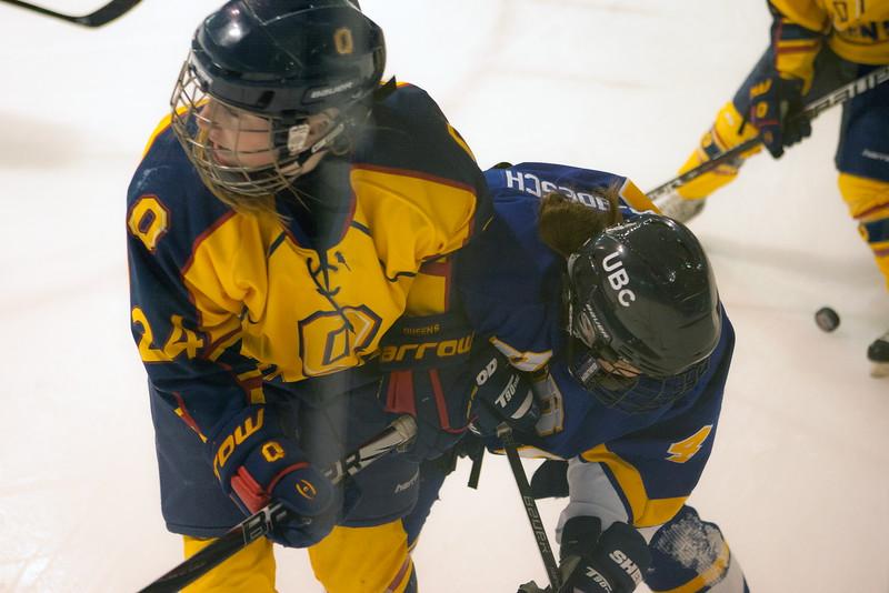 20130310 QWHockeyvsUBC 704.jpg