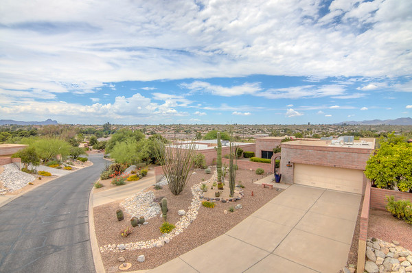 For Sale 1985 W. Ashbrook Dr. Tucson, AZ 85704