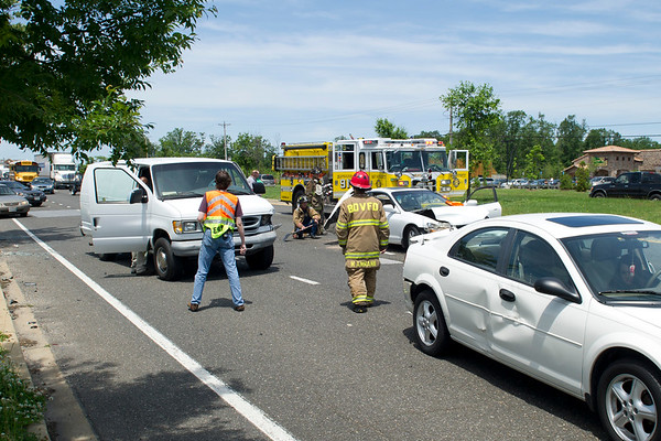 5/18/2012 Four car accident