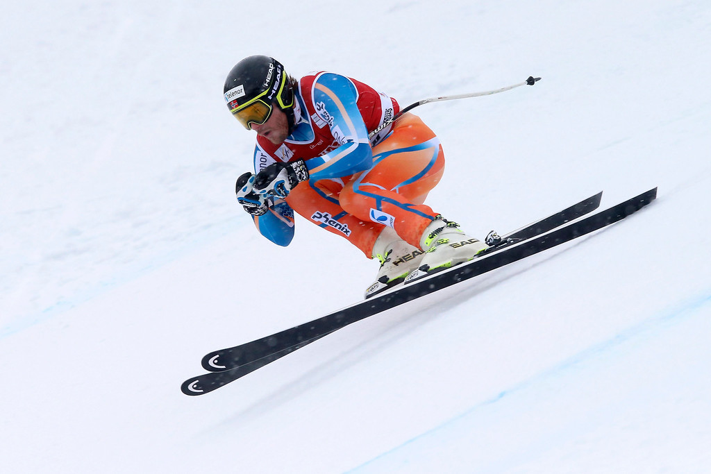 . Kjetil Jansrud of Norway speeds down the slope during the Men\'s Super G race at the Alpine Skiing World Cup in Kvitfjell, Norway on March 2, 2014.  EPA/CORNELIUS POPPE