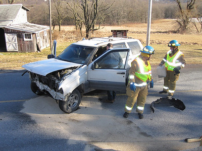 Walker Township Vehicle Accident, Tamaqua (2-4-2010)
