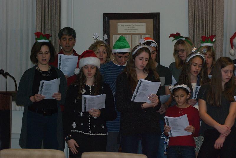 2014-12-10-Christmas-Caroling-at-Sisters-of-Divine-Providence_022.jpg
