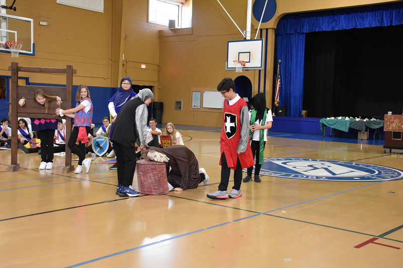 Seventh Grade Knighting Ceremony (208).JPG
