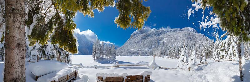 Lago di Raibl o del Predil - Val Rio del Lago - Alpi Giulie  Foto Claudio Costerni n. 210210-943167