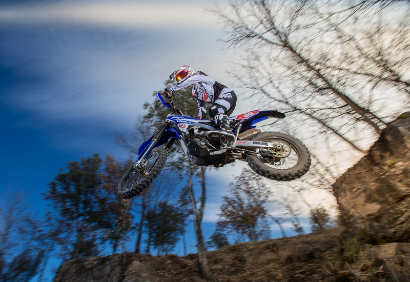 2016_Enduro2_Outsiders_Official_WR450F_Guerrero_Action 1.jpg