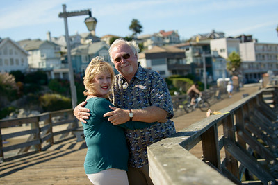 6524_d800b_Michael_and_Rebecca_Capitola_Wharf_Couples_Photography