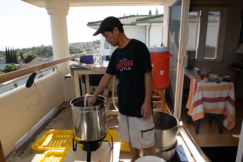 Hawaii - Brewing Beer-55.jpg