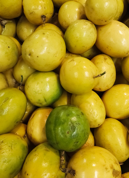 Delicious And Juicy Passion Fruit Heap. Maracuya, Passiflora Edulis Produce. Acid Flavor, Group Of T