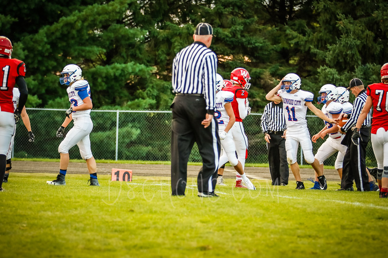 GC Football vs Amery-1654.JPG