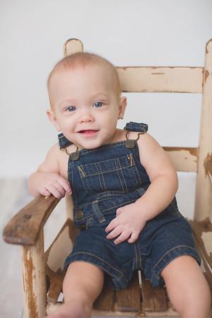 Landon 8 Months