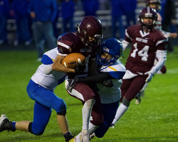 Josh Reeder breaking into the Bulldog secondary.jpeg