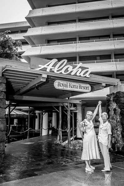 111__Hawaii_Destination_Wedding_Photographer_Ranae_Keane_www.EmotionGalleries.com__141018.jpg