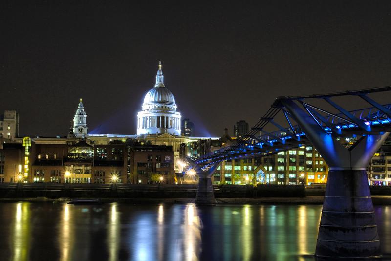 Millenium bridge.jpg