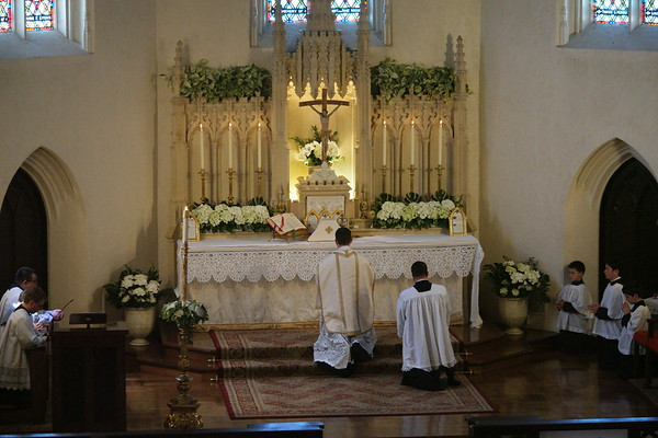 High Mass with Canon Huberfeld (April 8, 2018)