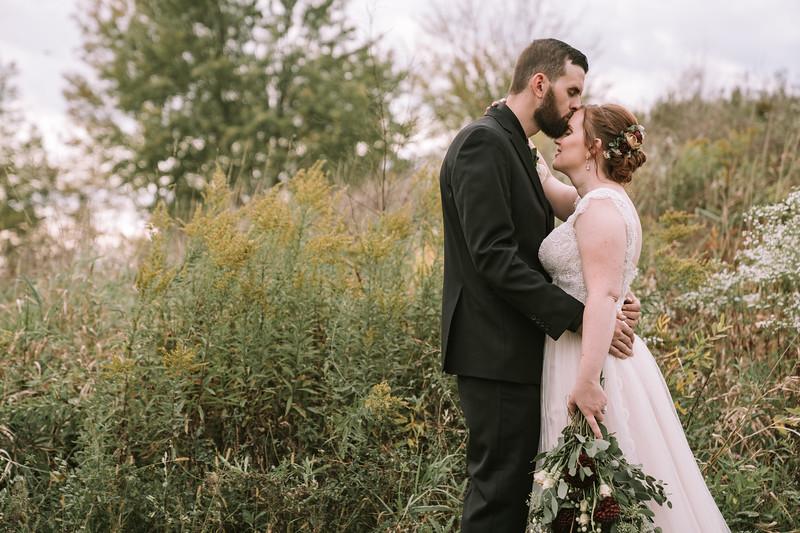 rustic_ohio__fall_barn_wedding-311.jpg