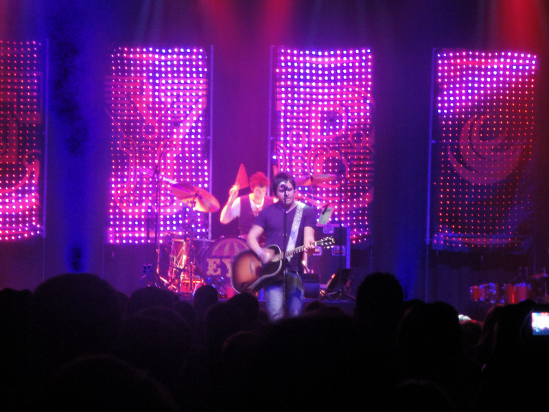 Eli Young Band concert