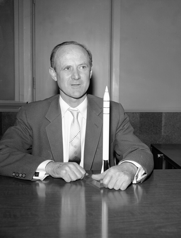 . Dr. William H. Pickering, head of Cal Tech\'s Jet Propulsion lab which developed America\'s first satellite, holds a model of the Jupiter-C missile which boosted the satellite into the sky, in Los Angeles, Feb. 14, 1958.  The lab is entirely financed by the government.  (AP Photo/Don Brinn)