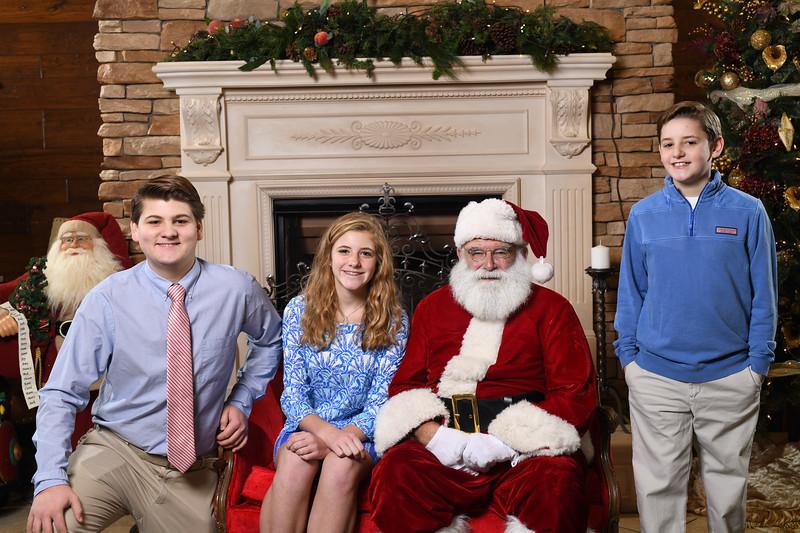 Santa2018.TylerBoye.-75.jpg