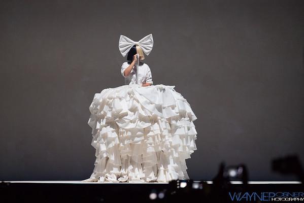 Sia--Nostalgic For The Present Tour