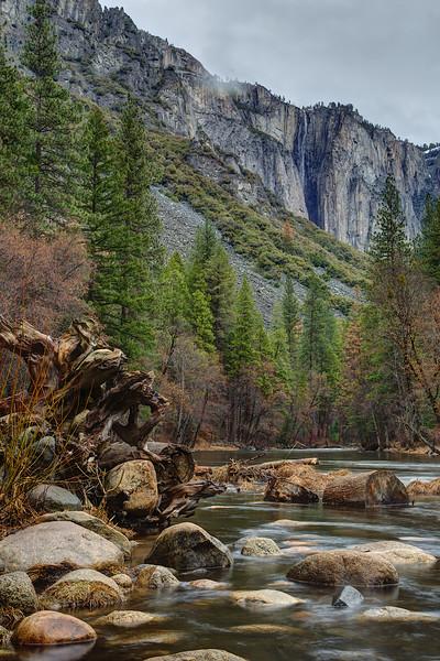 YOS-160217-0005b Valley Gates and Ribbon Fall