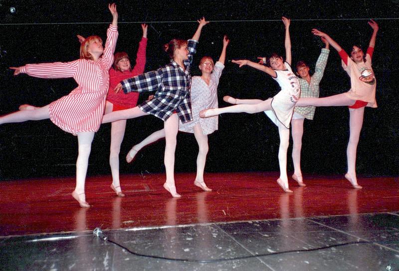 Dance_2594_a.jpg