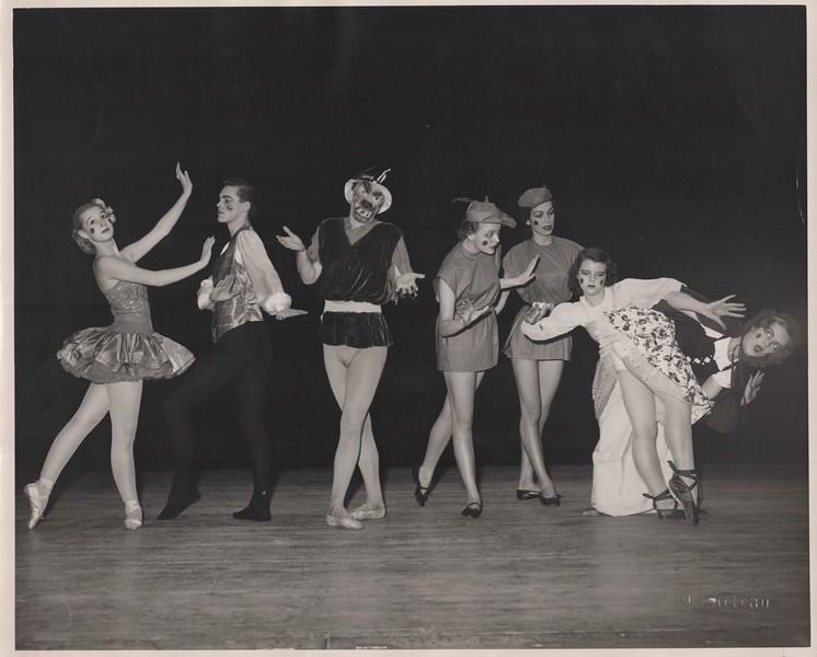 Dance_1136.jpg