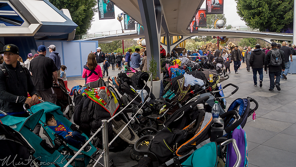 Disneyland Resort, Disneyland, Tomorrowland, People Mover, PeopleMover, Column, Stroller, Parking, Planter