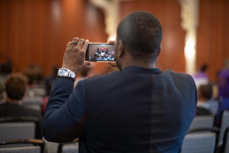 Rainie Howard Fall 2018 Conference-04926.jpg