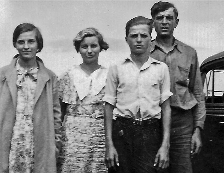 Tom Durham family - undated photo